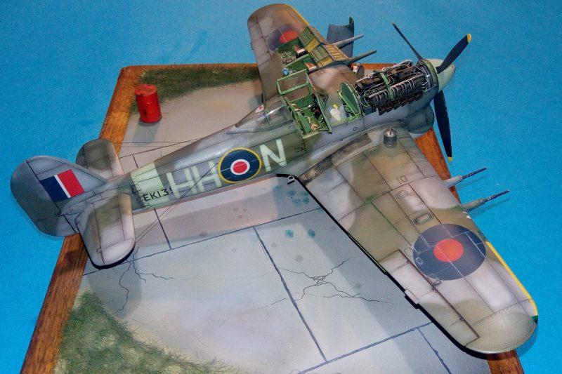 Hawker Thypoon  1-B